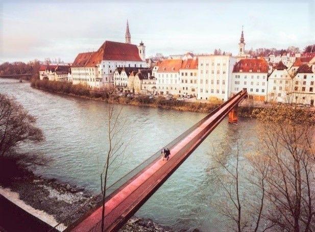 Preisträger Kategorie Infrastruktur: Ennssteg Steyr (Foto: Alexander Firmberger / Marte.Marte Architekten)
