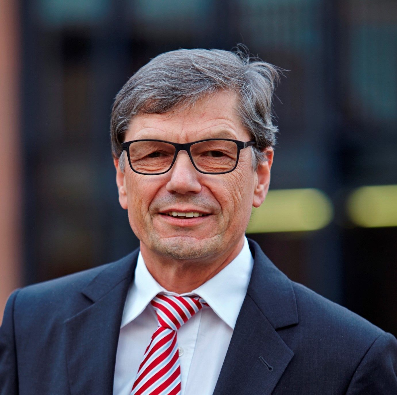 Ehrendoktorwürde für Jürgen Schnell